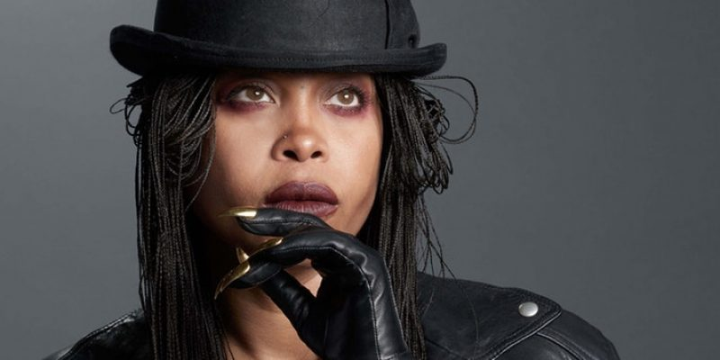ERYKAH BADU SET TO RELEASE A PERFUME THAT SMELLS LIKE HER VAGINA