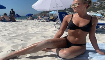 Love Island's Molly Smith Flaunted Toned Body on New IG Pic